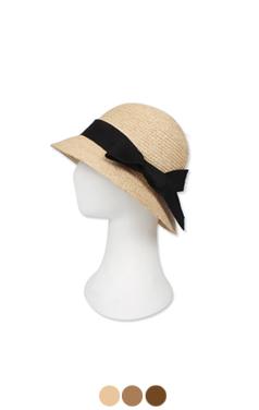 (Upgrade) raffia cloche hat