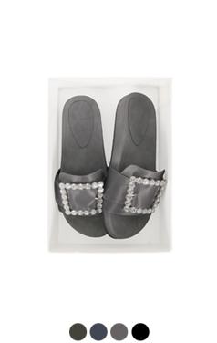 [GOOD PRICE] <br> jeweled buckle sliders