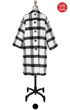 "UTG BUTTONY PLAID <br> COCOON COAT <br> <font color=#82C7E4 size=""1.9"" face=verdana>TYPE ADD</font>"