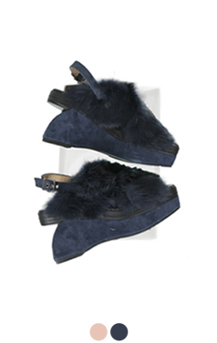 """fur trimmed wedge sandals <br> <font color=#82C7E4 size=""""1.9"""" face=verdana>COLOR ADD</font>"""