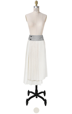 pleated wrap stitch skirt