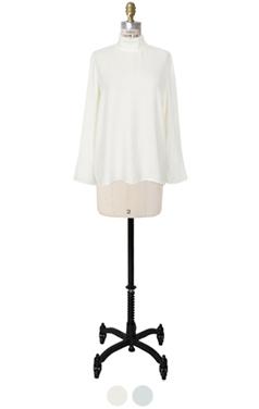 half-neck drapery blouse