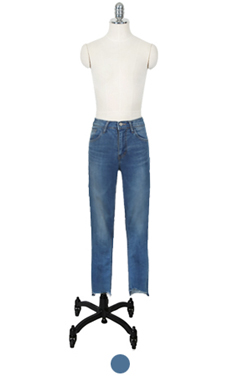 mid-rise crop denim