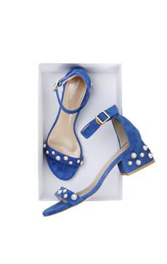 """Pearl embellished sandals <br> <font color=#ff9999 size=""""1.9"""" face=verdana>BEST BUY</font>"""