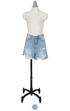 Glamourous denim shorts